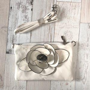 Mini purse with removable straps